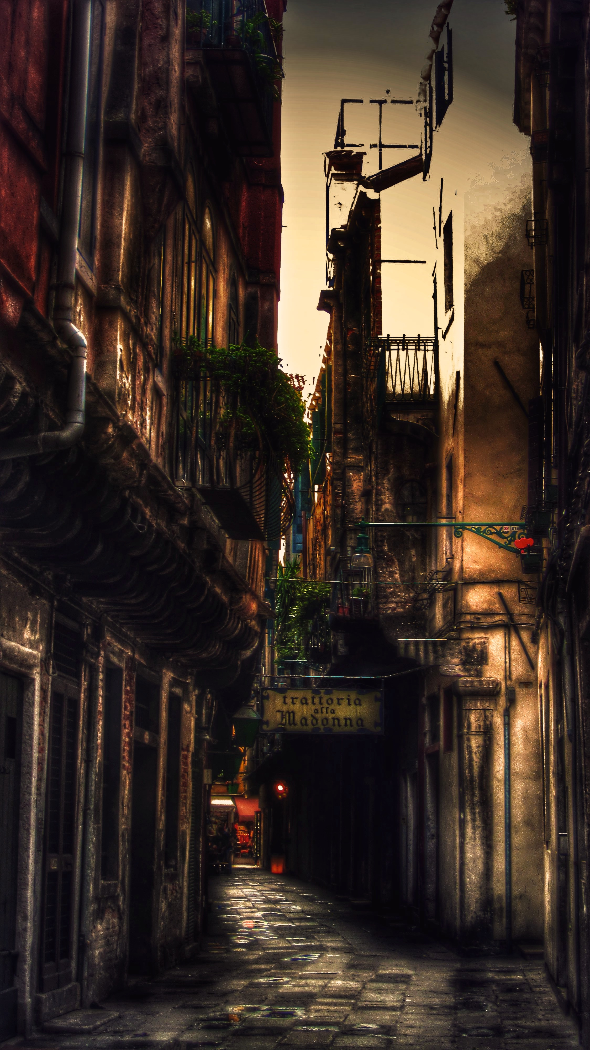 Painted Venice: La Trattoria – WPC – Phi (The Rule of Thirds…what a misnomer…)