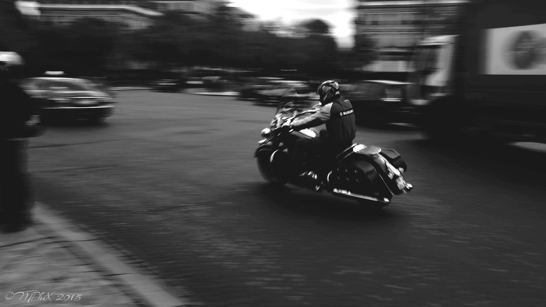 Speeding in Paris